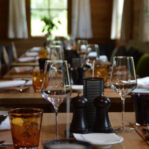 Sie eröffnen Ihr eigenes Restaurant? Das brauchen Sie, bevor Sie anfangen können